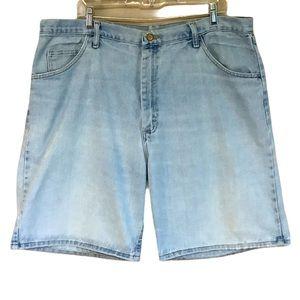 Wrangler Men Blue Relaxed Fit Jean Shorts 40